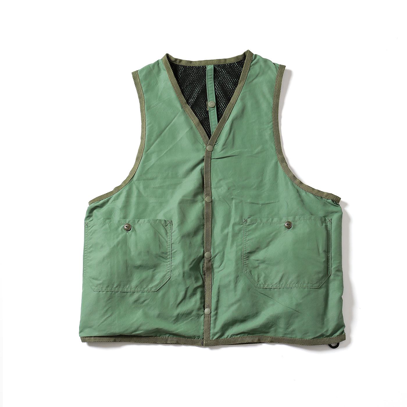 product: Jackson Reversible Vest / color: KHAKI 2